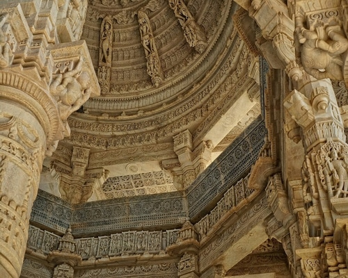 RANAKPUR-JAIN-TEMPLE-A-GUIDE-Intro-Picture-1