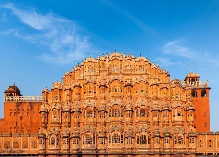 Hawa-Mahal-Jaipur-India-NCN--e1469457570396(1)